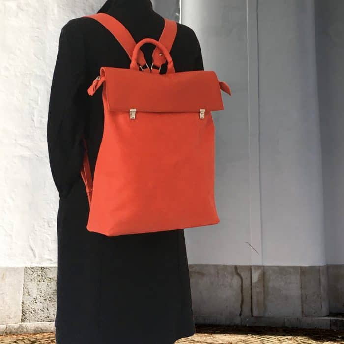 Marinabags.rode rugtas.rood leren rugtas. rode rugzak.red backpack.leatherbag red.Arnhem