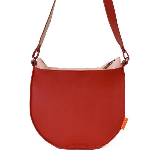 ronde rode leren tas, uniek en handgemaakt